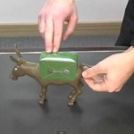 Dramatic Donkey Cigarette Dispenser 150x150 Dramatic Donkey Cigarette Dispenser